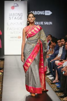 Fashion: Harshitaa Chaterjee Despande Lakme Fashion Week Winter/Festive 2014 Collection