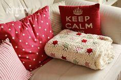 Countrykitty: My very first crochet blanket - just in time for winter! Tutorial  ~☆~ Teresa Restegui http://www.pinterest.com/teretegui/ ~☆~