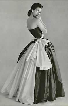Madame Gres evening dress 1956