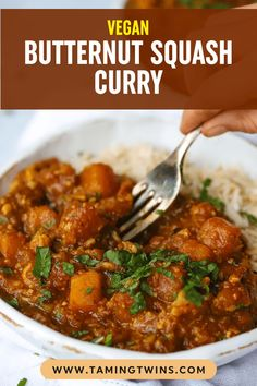 This warming butternut squash curry is from kitchen to table in 30 minutes - making it the PERFECT MIDWEEK MEAL. Butternut Squash Curry, Roasted Butternut, Midweek Meals, Easy Meals, Family Recipes, Family Meals, Curry Recipes, Vegetarian Recipes, Lunches And Dinners