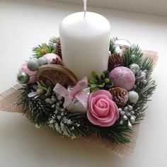 72 Trend Simple Rustic Winter Christmas Centerpiece – Welcome My World Christmas Advent Wreath, Christmas Candle Decorations, Christmas Flower Arrangements, Christmas Swags, Christmas Flowers, Christmas Candles, Winter Christmas, Flower Decorations, Christmas Crafts