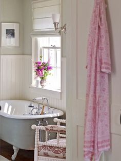 my grandma used to have a pink chenille bathrobe hanging on her bathroom door...always...:)  love all!