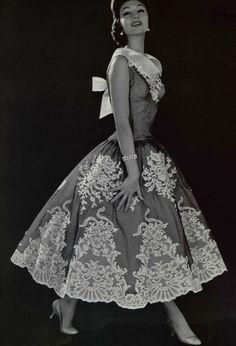 1956 - Pierre Balmain dress