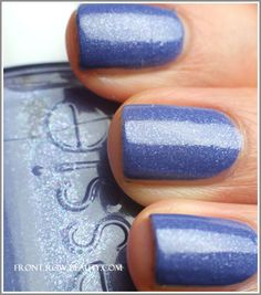 Essie Smooth Sailing : love it!  WISHLIST.