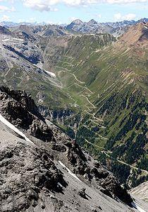 Stilfser Joch - ist mit 2757 Metern der höchste Gebirgspass in Italiens, er verbindet Bormio im Veltlin, Lombardei, mit Prad im Vinschgau, Südtirol.