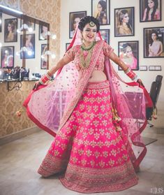 Chandni Chowk Lehenga Shops is a must visit if you are a budget bride. Whether you want to spend or 2 lakhs on your wedding lehenga, Chandni Chowk Lehenga Shops have something for every bride.