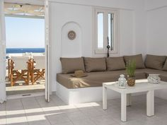 Located in Piso Livadi, just 50 metres from the sandy beach of Logaras, the Cycladic-style Cleopatra Seaside Homes offers self-catering accommodation with. Family Apartment, Bedroom Apartment, Cleopatra, Extra Bed, Cool Apartments, Double Beds, Two Bedroom, Outdoor Furniture, Outdoor Decor