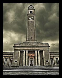 Louisiana State University (LSU) Memorial Tower.