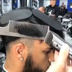 There is absolutely no challenge with wholesaling through a springtime locks development report. Hair Cutting Videos, Hair Cutting Techniques, Hair Videos, Fade Haircut Styles, Hair And Beard Styles, Short Hair Styles, How To Fade Haircut, Haircut Long, Barber Haircuts