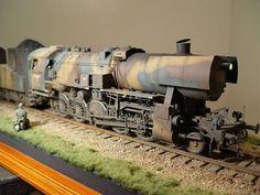 Beautiful model of a German 'Krieg' Locomotive Locomotive, Railway Gun, Hobby Trains, Military Modelling, Military Diorama, Model Train Layouts, Panzer, Model Building, Model Trains