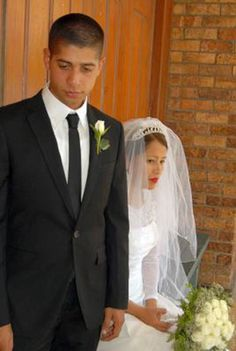 Wedding day is an exposée of Weddings taken by a Professional Photographer It looks at Wedding Gowns,Gold and Diamond Jewelry, Wedding Bands, Wedding Gowns, Wedding Day, Professional Photographer, Diamond Jewelry, Groom, Bridesmaid, Engagement, Weddings
