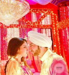 Rikara Tv Actors, Actors & Actresses, Shrenu Parikh, Dil Bole Oberoi, Tashan E Ishq, Western Outfits, Cute Couples, Tv Shows, Smile