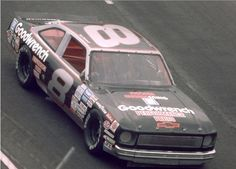Randy Ayers' Nascar Modeling Forum :: View topic - Dale Sr. Bush cars