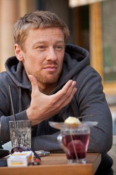 BorsOnline - Sztárhírek - Pletyka - Krimi - Politika - Sport - Celeb - Száraz Dénes: A forgatókönyvíró miatt rúgnak ki