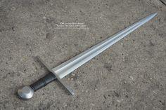 Albion Swords, Arming Sword, Sword Belt, Katana Swords, Medieval Weapons, Swords And Daggers, Fantasy Weapons, Batman Art, Blade