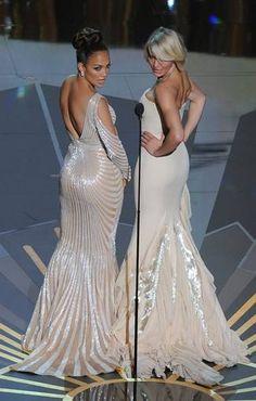 Cameron Diaz y Jennifer Lopez han entregado el premio a mejor maquillaje en la gala de los premios Oscar 2012.