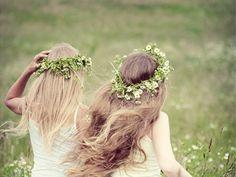 lovely daisy wreaths