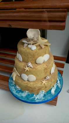 Sand Castle cake using light muscavado sugar