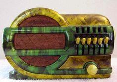Poste de Radio - Bakélite Marbrée Jaune et Vert - Années 40