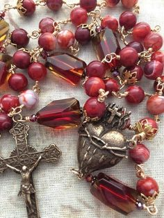 Agate Beads, Agate Gemstone, Glass Beads, Rosary Beads, Rosaries, Vintage Parts, Faceted Crystal, Sacred Heart, Bead Caps