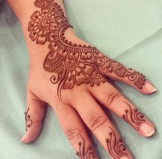 Mehndi Designs Book, Full Hand Mehndi Designs, Mehndi Designs 2018, Dulhan Mehndi Designs, Mehndi Design Pictures, Wedding Mehndi Designs, Mehndi Designs For Fingers, Mehndi Patterns, Simple Mehndi Designs