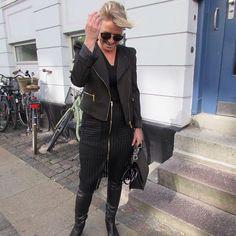 Black pencilskirt, nylon jacket, overknee boots, street style, fashion inspiration, clothes from Paris, Copenhagen, Scheibel Cph