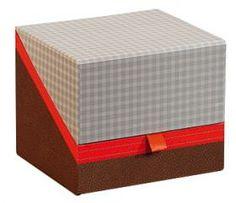 Coffret décor vichy marron/effet cuir/coloris rouge 12.5 x 11 x 10.5 cm