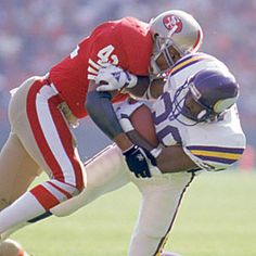 Safety - Ronnie Lott I studied his every move when I was playing football! American Football, Football Players, Football Team, Forty Niners, Sf Niners, Ronnie Lott, Football Conference, Professional Football, Sports Stars