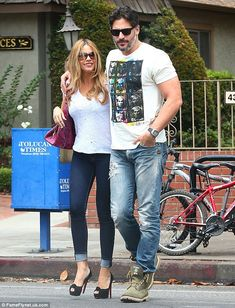 Sofia Vergara and Joe Manganiello step out together two days in a row #dailymail
