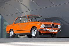 BMW built a sleek-looking electric car in 1972 that was way. BMW built a sleek-looking electric car in 1972 that was way… Bmw 2002, Bmw Electric Car, All Electric Cars, Bmw Logo, Olympia, Classic Car Magazine, Bmw Concept, Bmw I3, Bmw Classic Cars