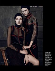 LOfficiel-Singapore-September-2015-Cover-Models-Editorial07