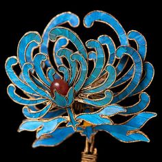 Chinese ancient ornaments show the beauty of the East, making the world amazing - Page 14 of 32 - zzzzllee Chinese Opera, Chinese Art, China Jewelry, Hair Jewelry, Jewellery, Ancient Jewelry, Antique Jewelry, Asian Hair Ornaments, Tatoo Art
