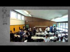 Guerra de bolas en clase!!!  ¡Aprendizaje práctico total! :-) A través de Mestres de Galicia en facebook