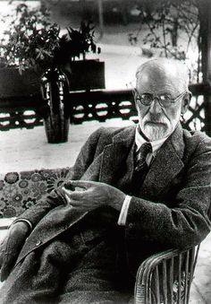 The last living patient to have been treated by Sigmund Freud has talked for the first time about the session with the father of psychoanalysis that changed her life. Rainer Maria Rilke, Charles Darwin, Karl Marx, Carl Jung, Friedrich Nietzsche, Nelson Mandela, Salvador Dali, Sigmund Freud Psychoanalysis, Mahatma Gandhi