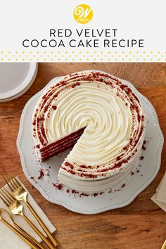 Red Velvet Cocoa Cake Take your classic red velvet recipe to the next level by adding extra cocoa powder! Try our Red Velvet Cocoa Cake recipe for a decadent treat! Cake Decorating Frosting, Cake Decorating Tips, Bakery Recipes, Dessert Recipes, Red Velvet Cake Decoration, Red Velvet Birthday Cake, Cocoa Cake, Classic Cake, Fancy Desserts