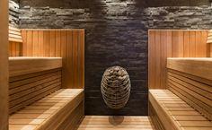HUUM design sauna heaters bring together ancient Estonian sauna wisdom with Nordic design and modern technology for an unforgettable sauna experience. Sauna Steam Room, Sauna Room, Mini Sauna, Electric Sauna Heater, Modern Saunas, Building A Sauna, Sauna Shower, Sauna House, Outdoor Sauna
