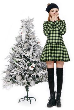 Xmas Party Look  | Fall & Winter | Dolly & Molly | www.dollymolly.com | #green #white #xmas #dailylook #lookbook #ootd #cute #xmastree #snow #beanies #boots #kpop #fashion #school #streetwear