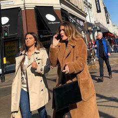 Oxford Street! #streetstyle #oxfordstreet #oxfordstreetstyle @oxfordstreetw1 @london @troy_wise @5by5forever #london #londonstreetstyle #iastreetstyle #mensfashion #femalefashion     #ldn #fashionmeetsthestreets #iastreetstyle #streetsoflondon #style #fashion #fashionphotography #fashionblogger #streetphotography #humansoflondon #fashionable #uk #britishfashion #spring2018 #2018 #candid #thisislondon #rickguzman #troywise