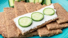 Easy Low Carb And Keto Flaxseed, And Cheddar Crackers/Knäckebrot Low Fodmap, Low Carb Keto, Cheddar, Avocado Toast, Crackers, Zucchini, Paleo, Gluten Free, Vegetables