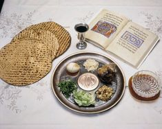 seder The History Behind 7 Passover Traditions Everything you need to know about Passover, including the story, the seder, and why observers don't eat leavened bread during the holiday Passover Images, Passover Menu, Passover Seder Plate, Passover Recipes, Passover Story, Passover Traditions, Kosher Wine, Seder Meal, Matzo Meal