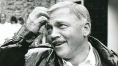 20 years ago died Czech singer-songwriter Karel Kryl (•12 April 1944 #Kroměříž – †3 March 1994 #Munich) - http://en.wikipedia.org/wiki/Karel_Kryl