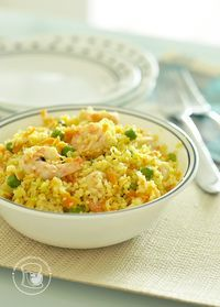 Cuscuz Marroquino com Camarões Soup Recipes, Vegetarian Recipes, Healthy Recipes, Recipies, Couscous Dishes, Good Food, Yummy Food, Other Recipes, Fruits And Veggies
