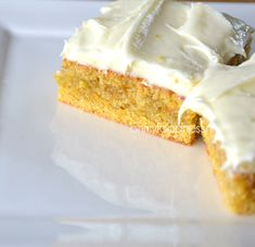 How to bake Carrotcake with creamcheese frosting. Delicious.