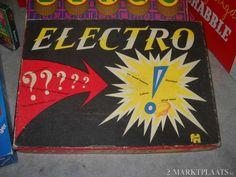 Electro..spel had je vraag en antwoord goed dan ging er een lichtje branden