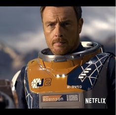 Toby Stephens as John Robinson in Lost in Space on Netflix - April 13, 2018