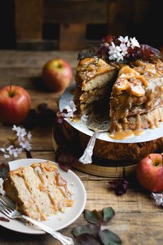 Layered Cinnamon Caramel Apple Upside Down Cake