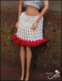 Mamma That Makes: Barbie Month .2 - Basic Ruffled Bottom Skirt