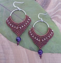 FREE SHIPPING Amethyst Garnet Macrame Earrings por SelinofosArt