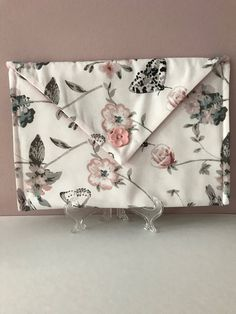 Envelope Style Pouch by PaperNThreadCrafts on Etsy