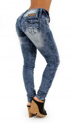 Acid Wash Skinny Jean  #maripilyskinnyjeans